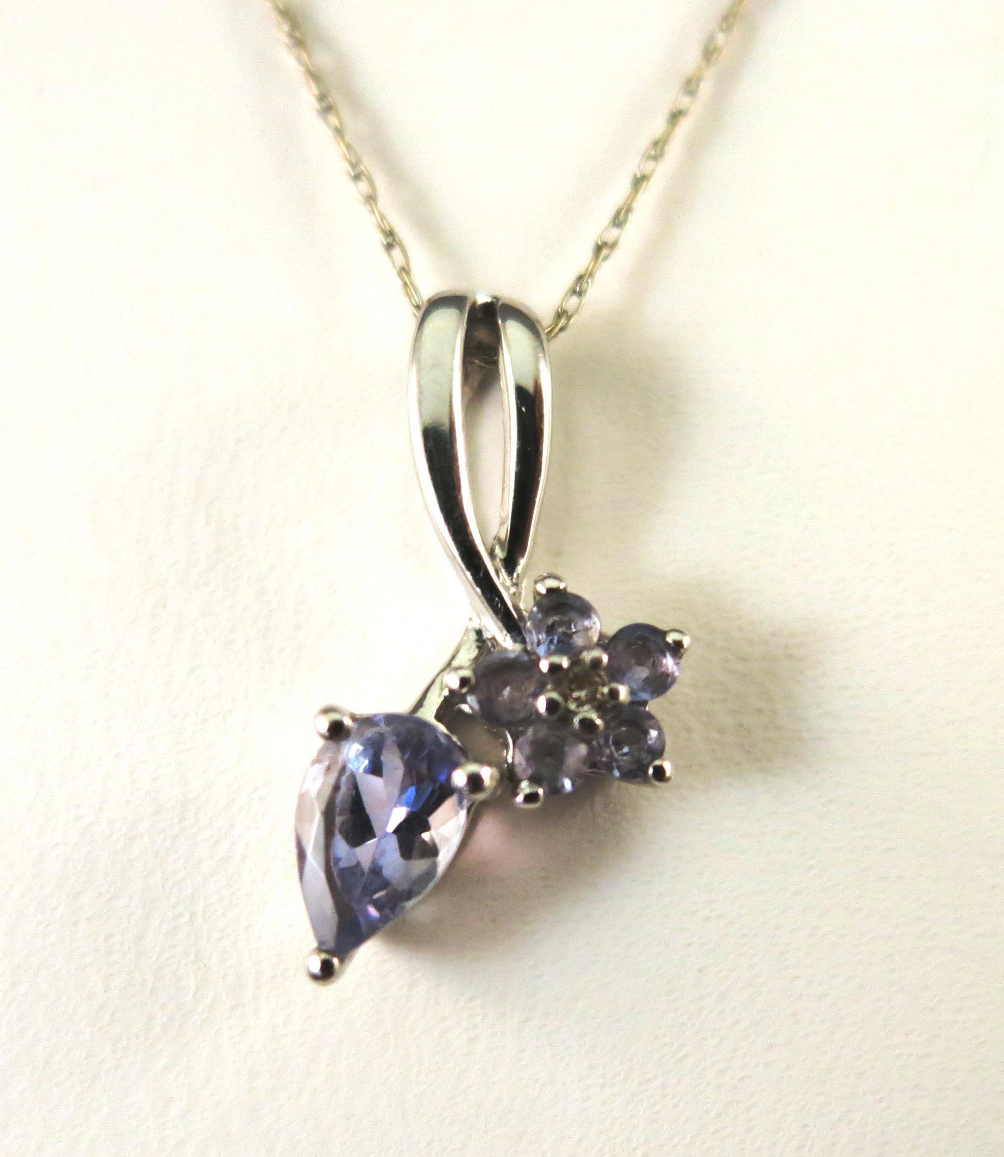VINTAGE   14K White Gold  Tanzanite  Drop and Flower Necklace.  19 inches