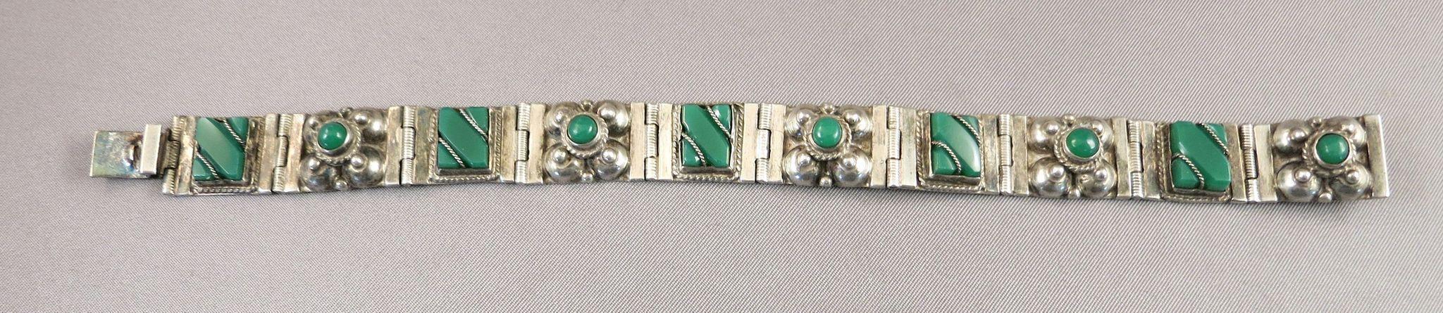 VINTAGE Sterling Green Onyx Mexican Bracelet