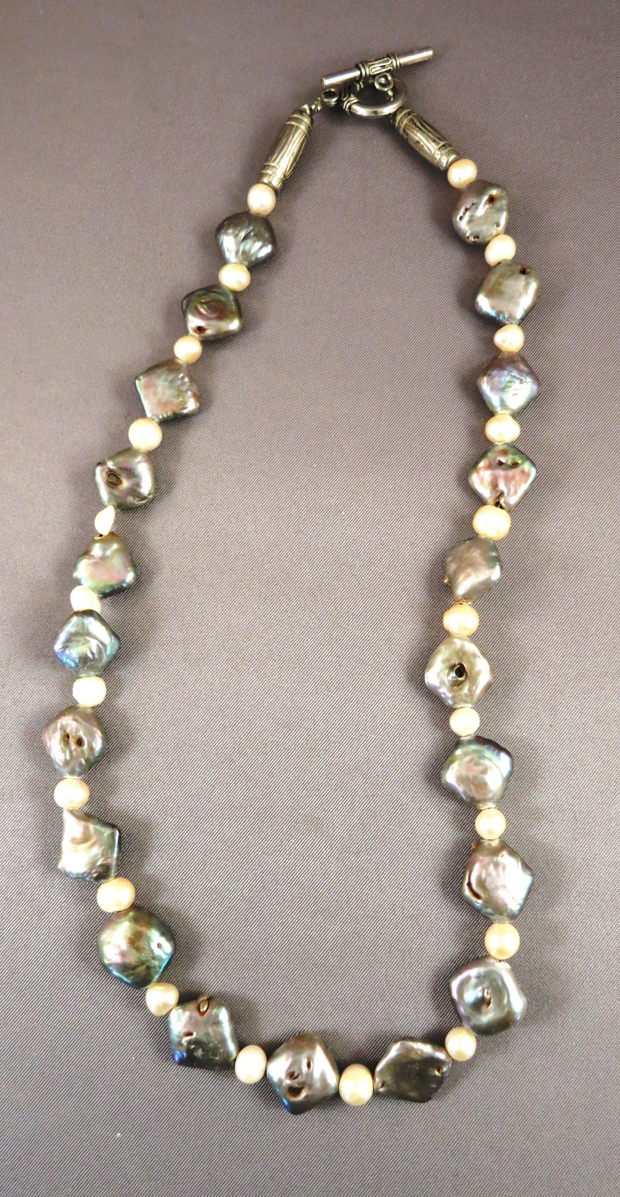 VINTAGE Interesting 19 Inch Pearl and Mother of Pearl Necklace