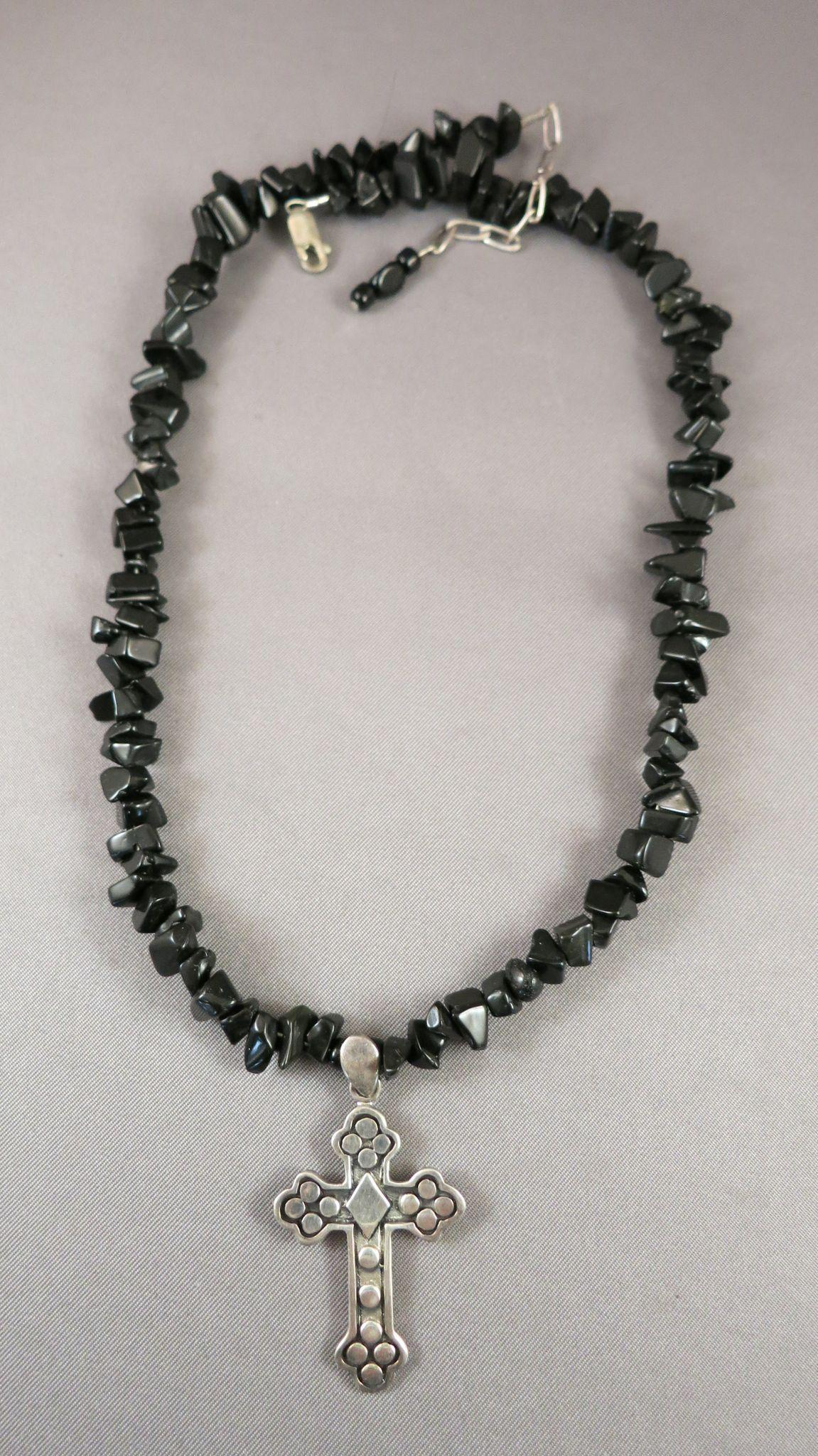 VINTAGE Sterling Cross on Necklace of Onyx Chips  Gothic