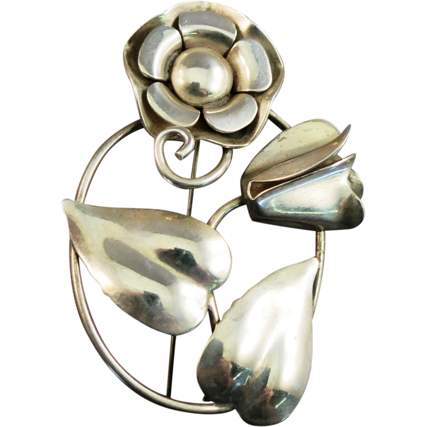 VINTAGE Unsigned Beauty Sterling Large Flower Brooch