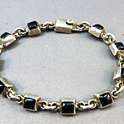 VINTAGE Mexican Silver Bracelet with Onyx Squares   7 Inches