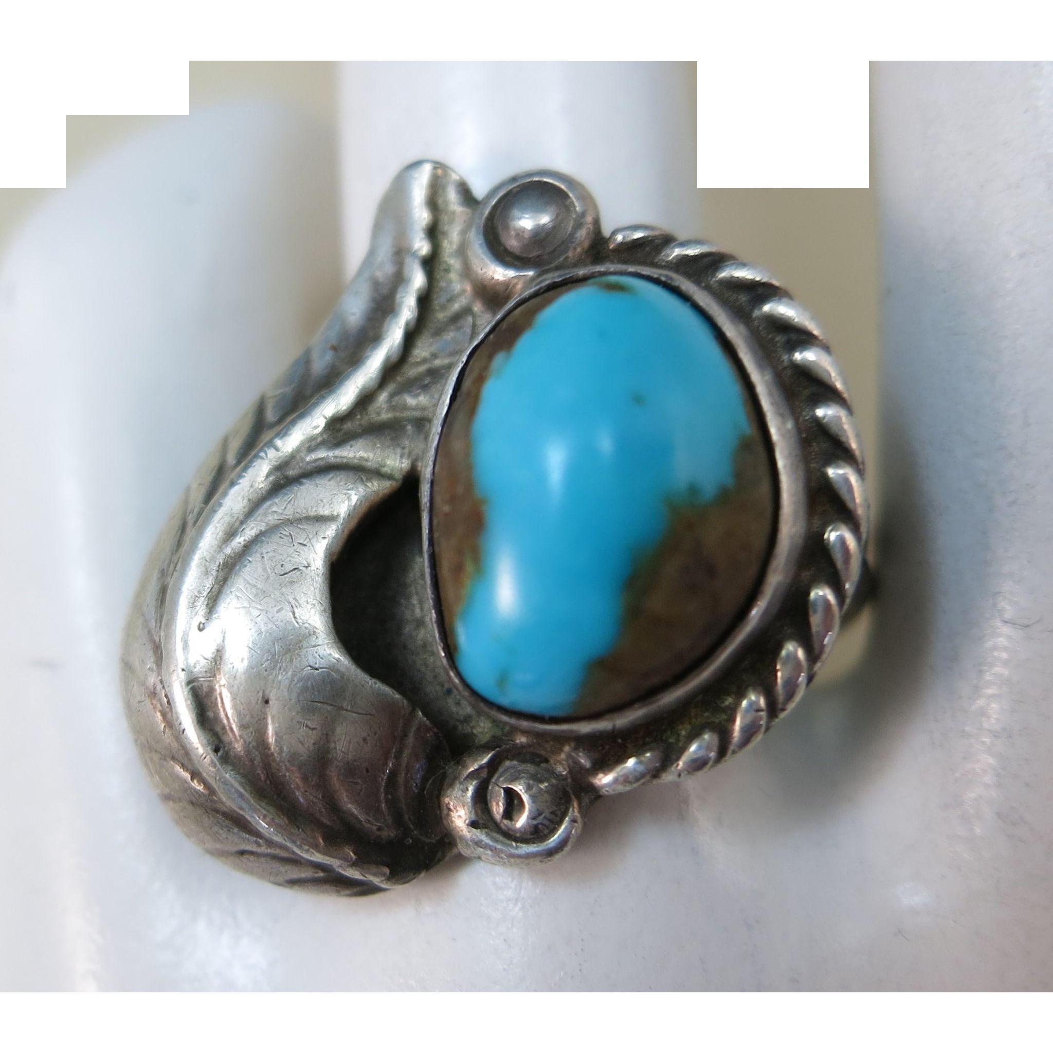 VINTAGE Older Sterling Turquoise Ring  Size  6 1/2