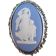 VINTAGE 1960'S Wedgwood Jasperware Brooch  Beautiful