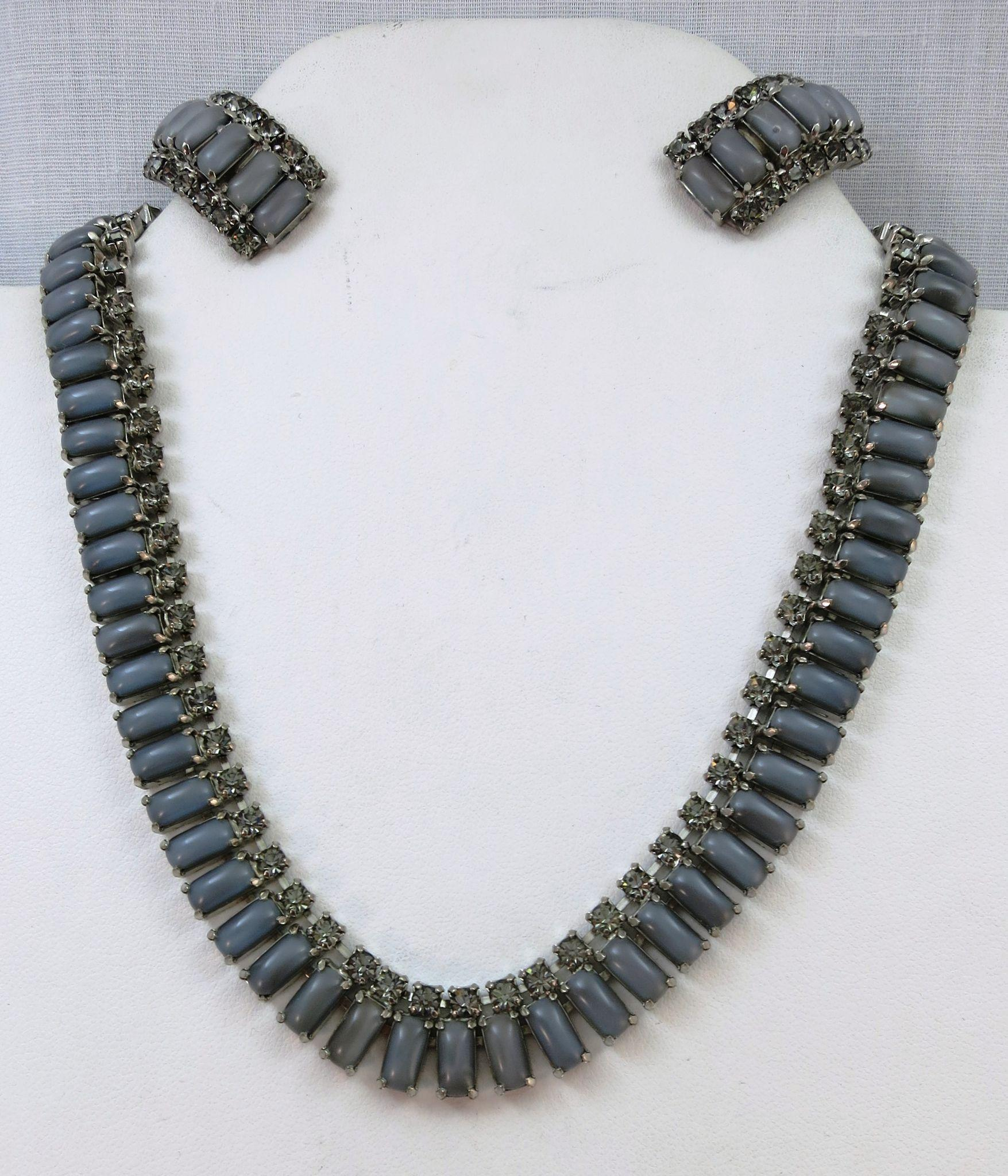 VINTAGE  60's Grayish Rhinestone Necklace and Clip Earrings