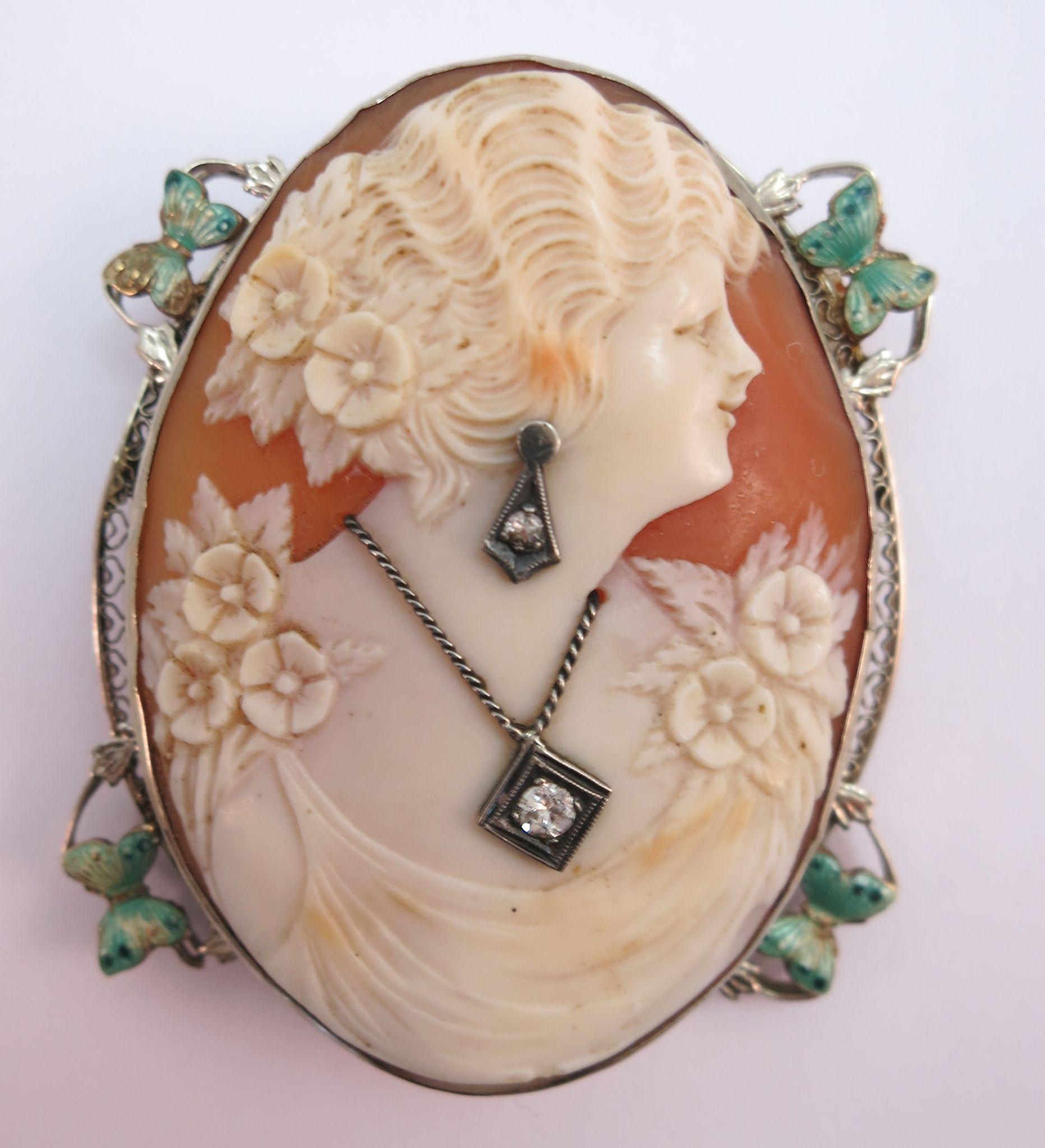 VINTAGE 1920'S 14K Habille 2 Diamonds  Cameo Brooch Green Butterflies