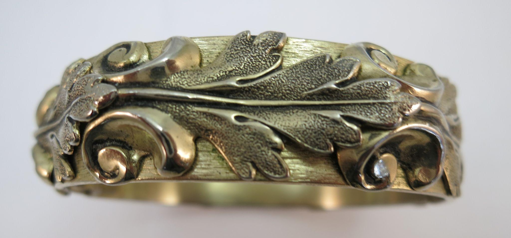 VINTAGE Whitning and Davis Oak Leaf 60's Clamp Bracelet.