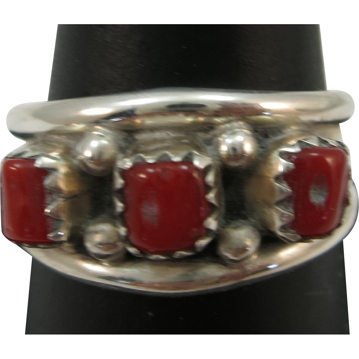 VINTAGE Coral Sterling Indian made Band  Size 9