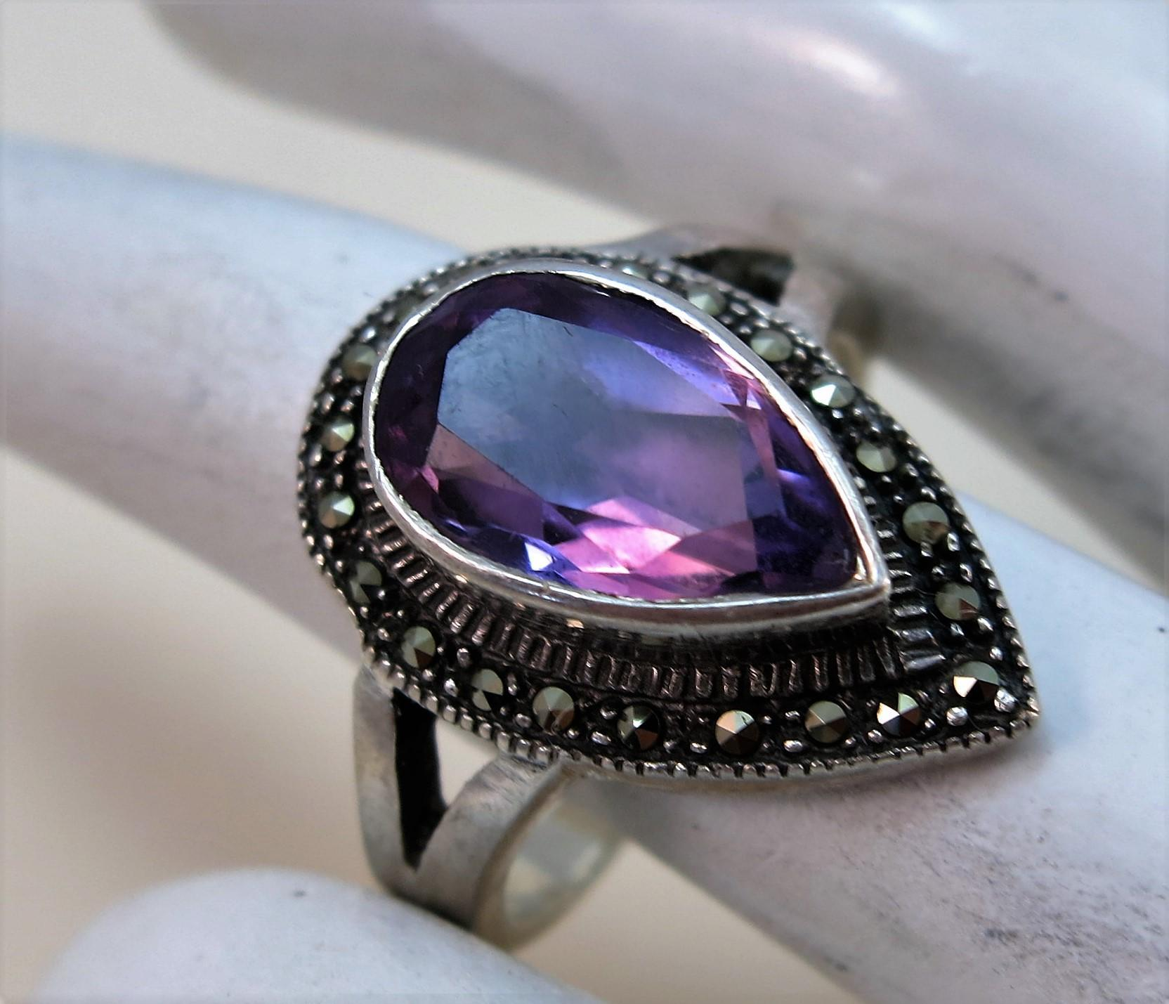 VINTAGE Sterling Ring with Amethyst Set and Marcasites  Size 8 3/4