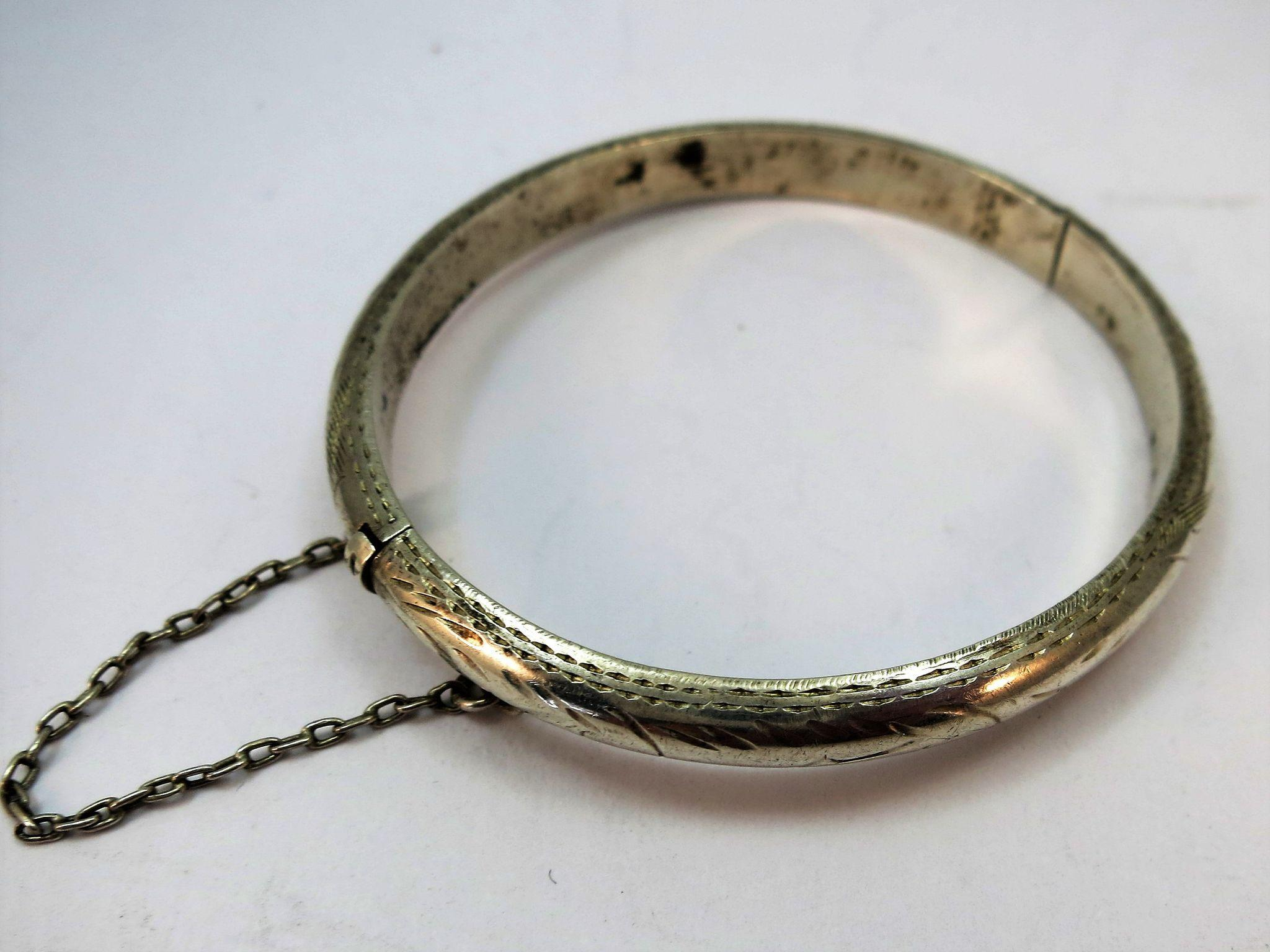 VINTAGE  Sterling Silver Baby Bracelet 1 3/4 Inch
