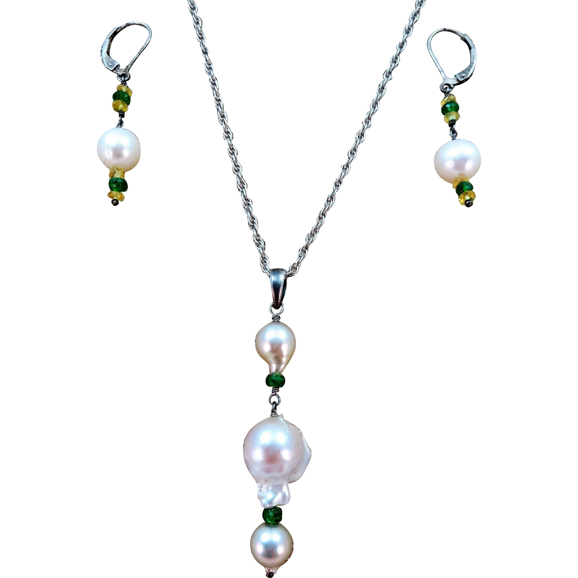 VINTAGE Baroque  Pearl Necklace and Earrings
