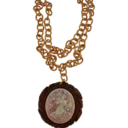VINTAGE Celluloid Cameo on Wood with Celluloid Chain  40's