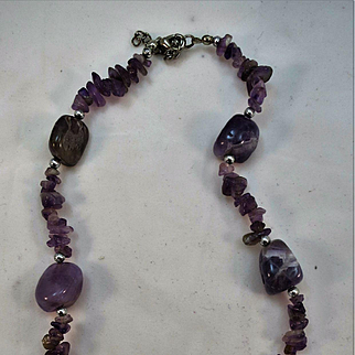 VINTAGE Short Amethyst and Tumbled Amethyst Rock Necklace 18 and 3 inch extender