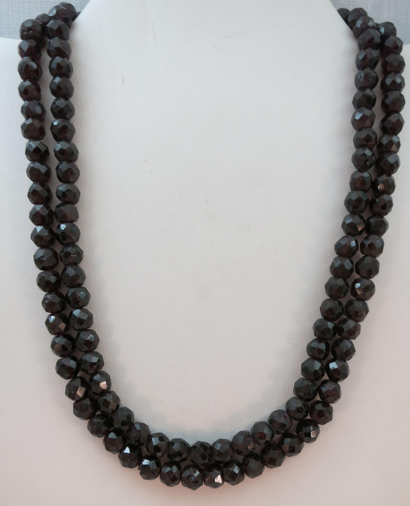 VINTAGE 38 Length of Glass or Deep Wine Stone Garnet   Faceted Heavy