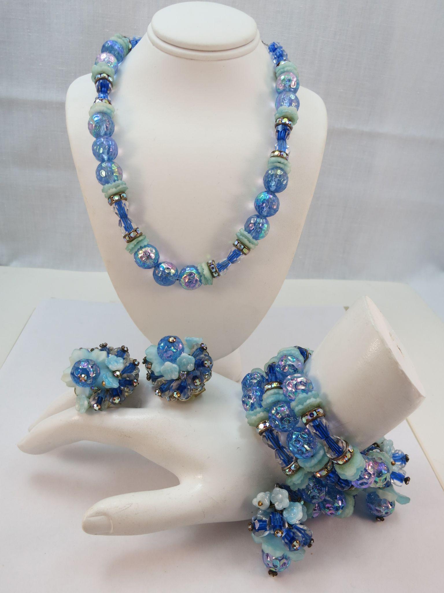 VINTAGE Hobe' Parure Beautiful Blues Flowers and Rhinestones  Necklace, Bracelet and Earrings