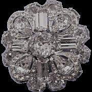 VINTAGE Weiss Round Flower Brooch Perfect