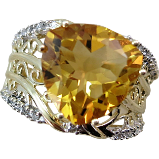 Large Citrine and Diamond Ring 10K  Size 8 1/4  Flashy