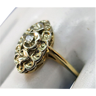 VINTAGE 10k Diamond Ring  Lovely Ring Size large 6 1/2