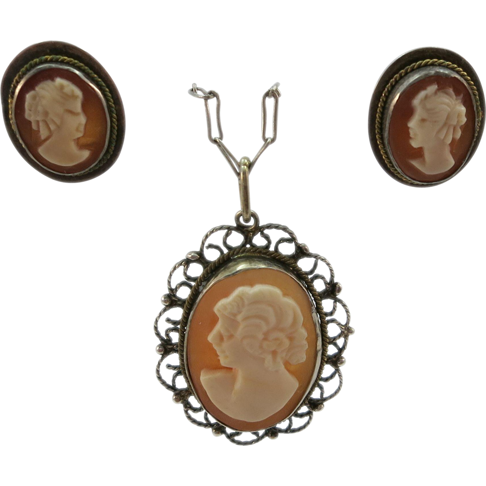 VINTAGE Cameo Pendant and Earrings  Hand-made in Italy