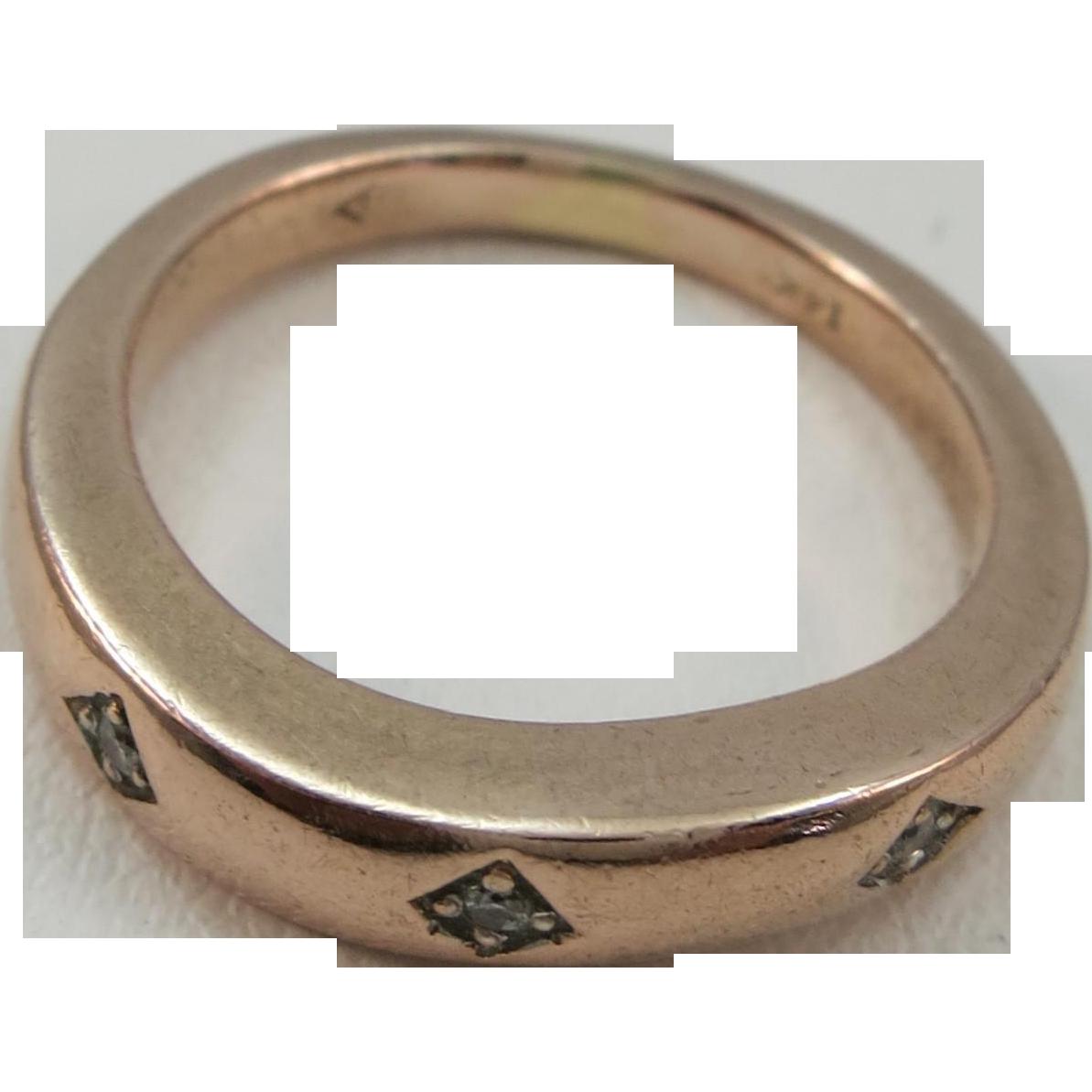 VINTAGE Rose Gold Wedding Band with three tiny Diamonds  Rose Wave Ring  Size 5 +