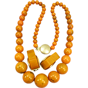 VINTAGE Bakelite Beaded Necklace  With Damaged Earrings