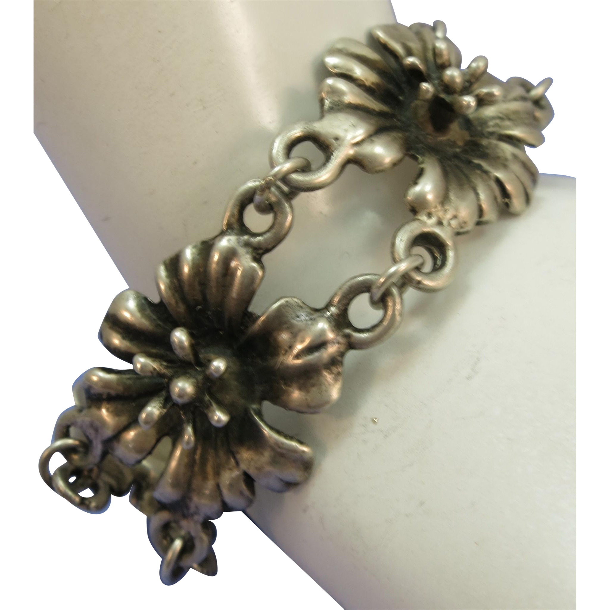VINTAGE Mexican Sterling  Flower Bracelet   6 1/2 Inches