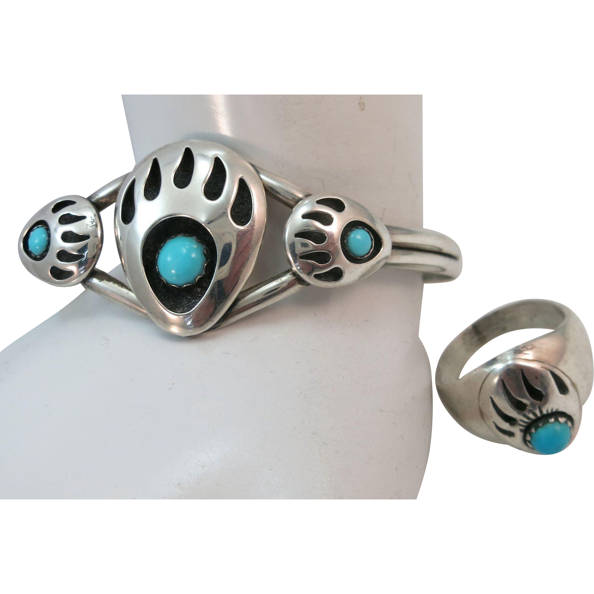 VINTAGE Bear Claw Bracelet and Ring  80's