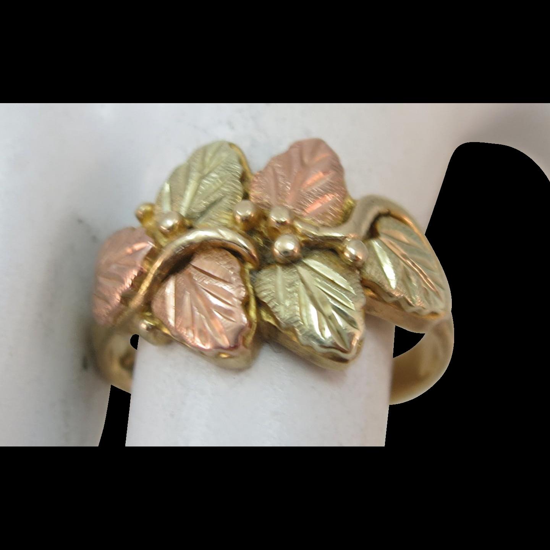 VINTAGE Black Hills Gold Pretty !0K Gold Ring Size 6 1/4