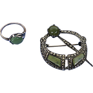 VINTAGE Sterling Jade-like Ring and Brooch Ring Size is 6 3/4