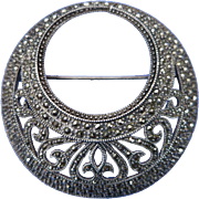 VINTAGE Marcisite  Off-Circle Brooch  Classic