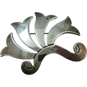 VINTAGE Flaring Brooch Mexican Silver Signed