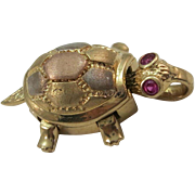 VINTAGE 14k  Yellow Gold Turtle with Ruby Colored Eyes