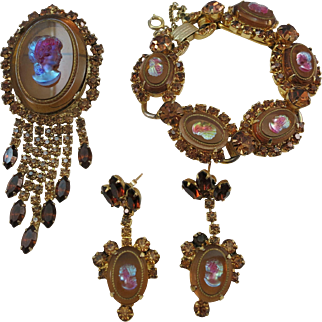 VINTAGE Julianna (Delizza and Ester Jewelry Co)  Parure  Blue-Pink Cameos on Amber Colored Sets