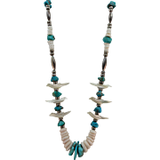 VINTAGE Clam Shell   Mother of Pearl -Turquoise  Fetish Necklace Santa Domingo Pueblo