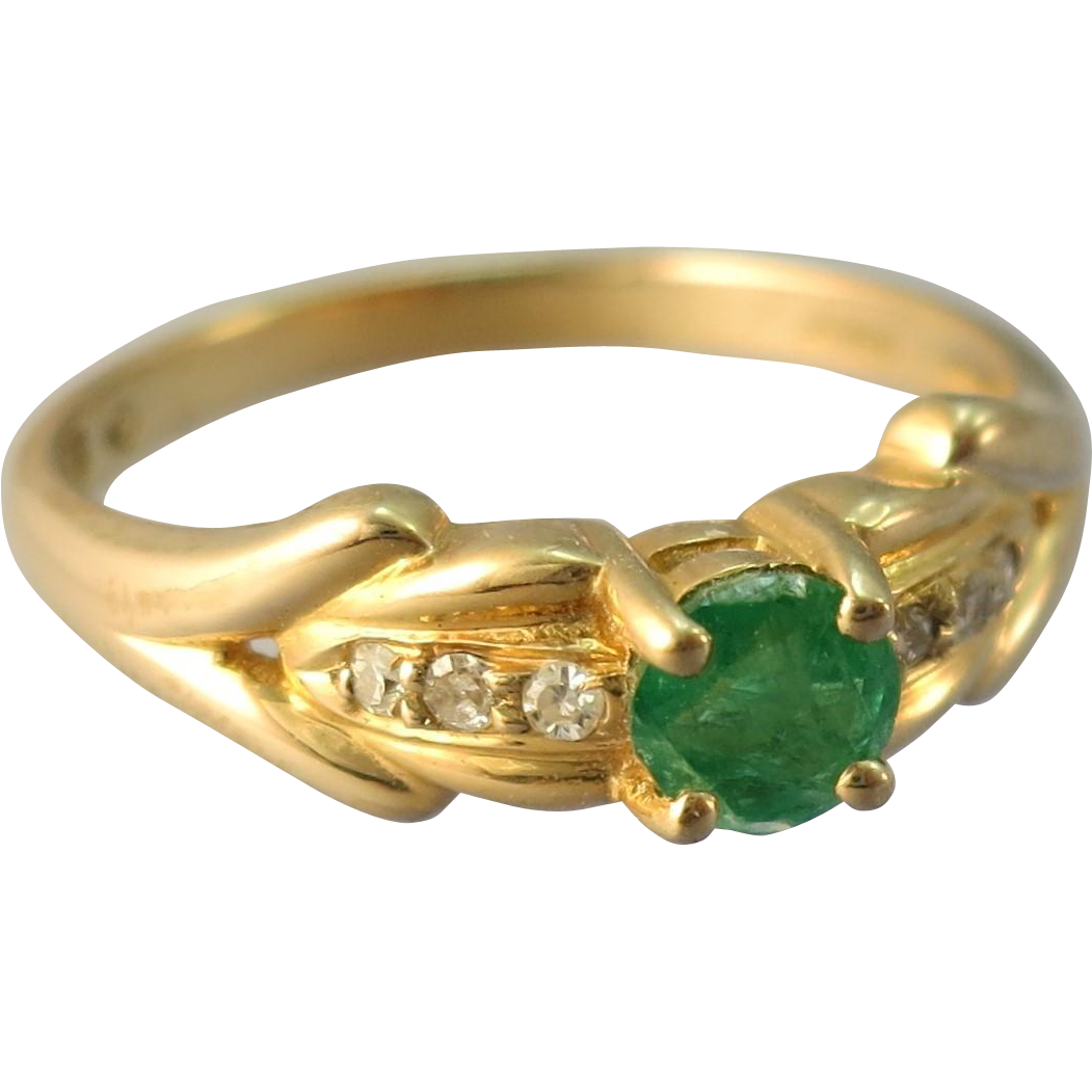 VINTAGE  14K Yellow Gold Natural Emerald With 6 Diamonds
