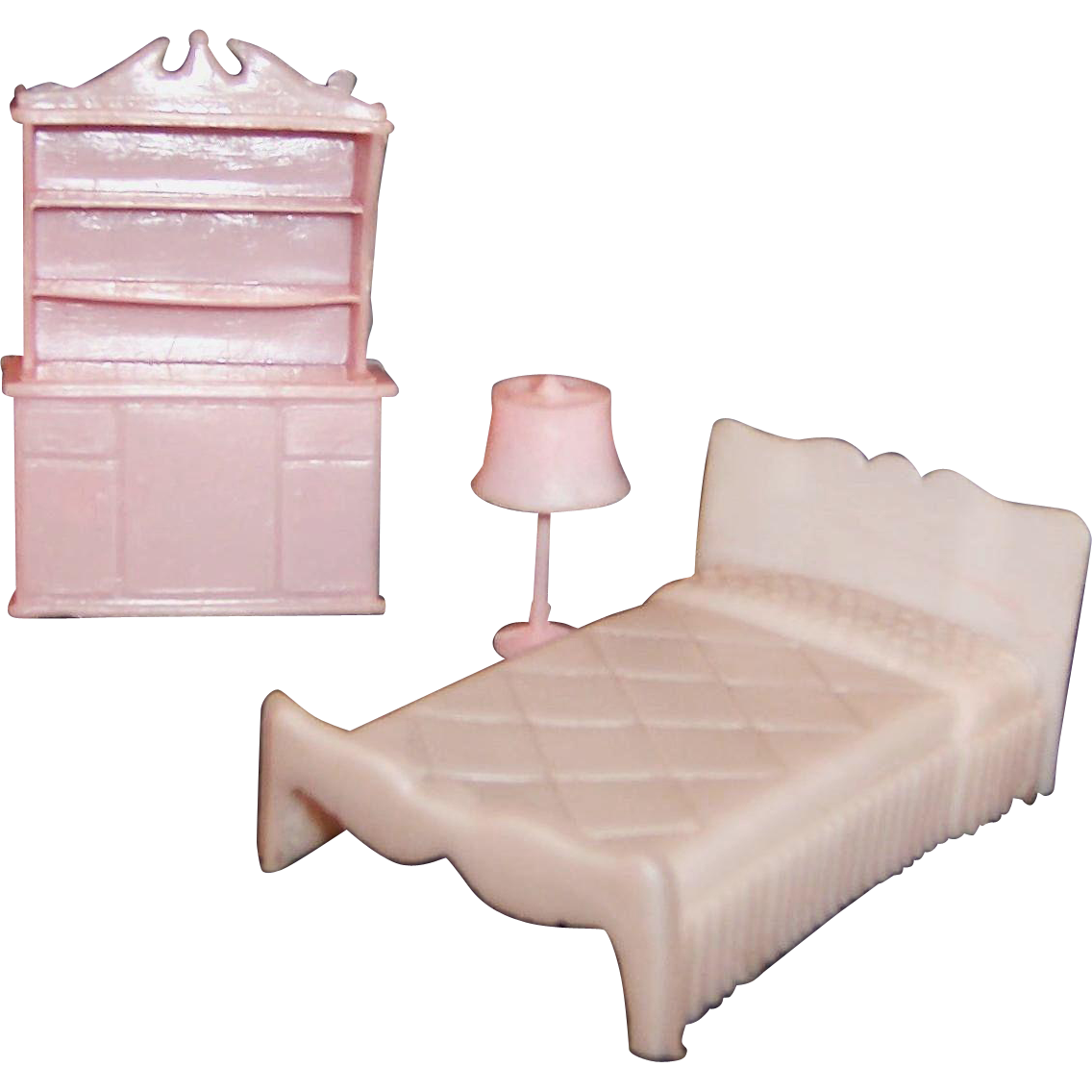 1960 39 s pink plastic bedroom furniture please see special offer from ruthsredemptions on ruby lane Plastic bedroom furniture