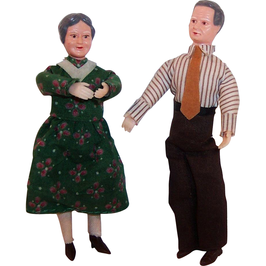 Vintage Caco Grandma Grandpa Dollhouse Dolls