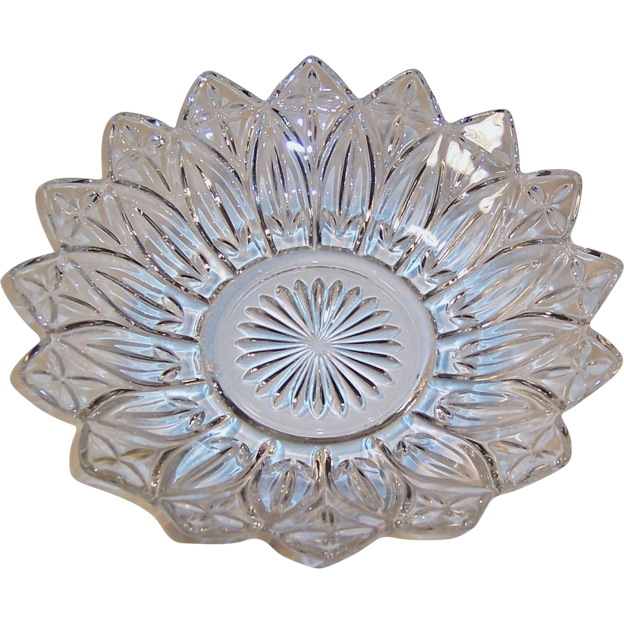 Large Federal Glass Petal Crystal Clear Serving Bowl from ...