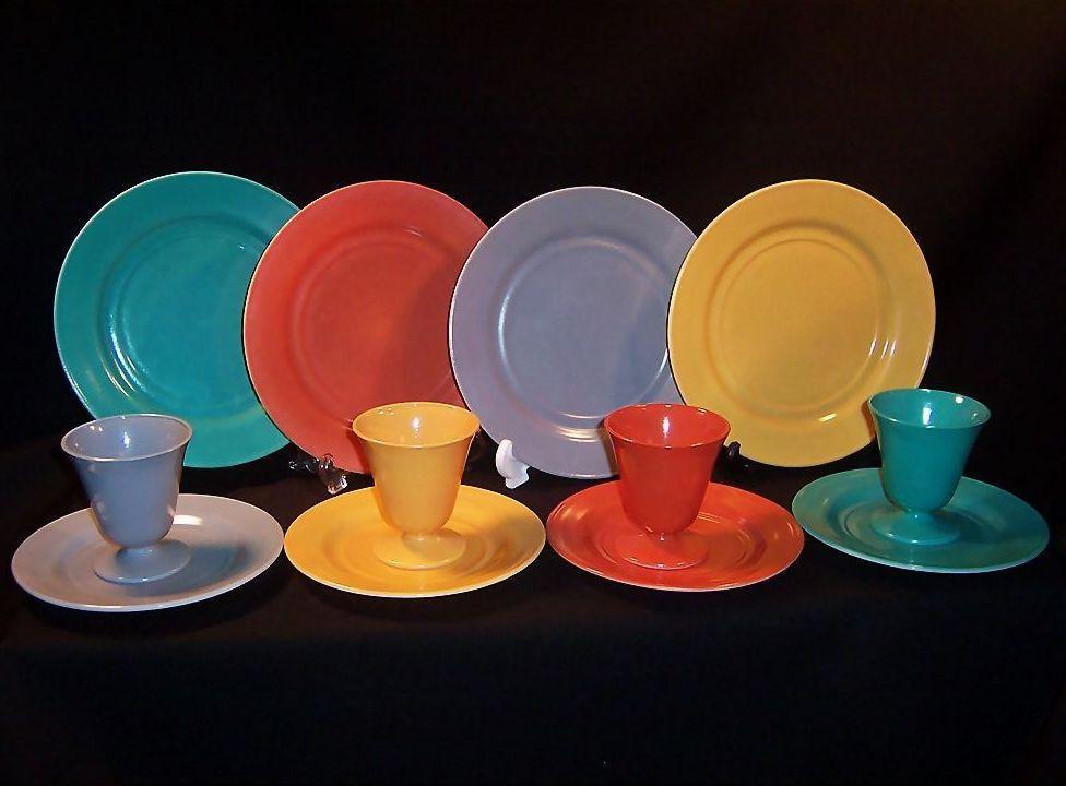 Rich Vibrant Colors!  Service for FOUR: Hazel Atlas Moderntone Sierra