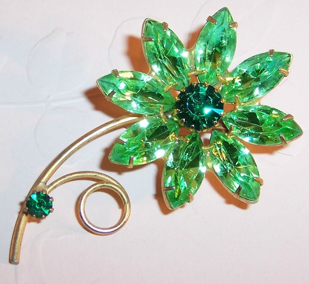 Popular Peridot Green Rhinestone Flower Pin