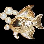 Fun Angel Fish & Simulated Pearls Pin