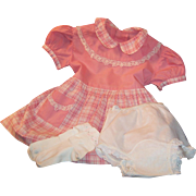 Vintage 1950's Coral Pink Handmade Cotton Little Girls Dress (Approx. Size 3T - 4T)