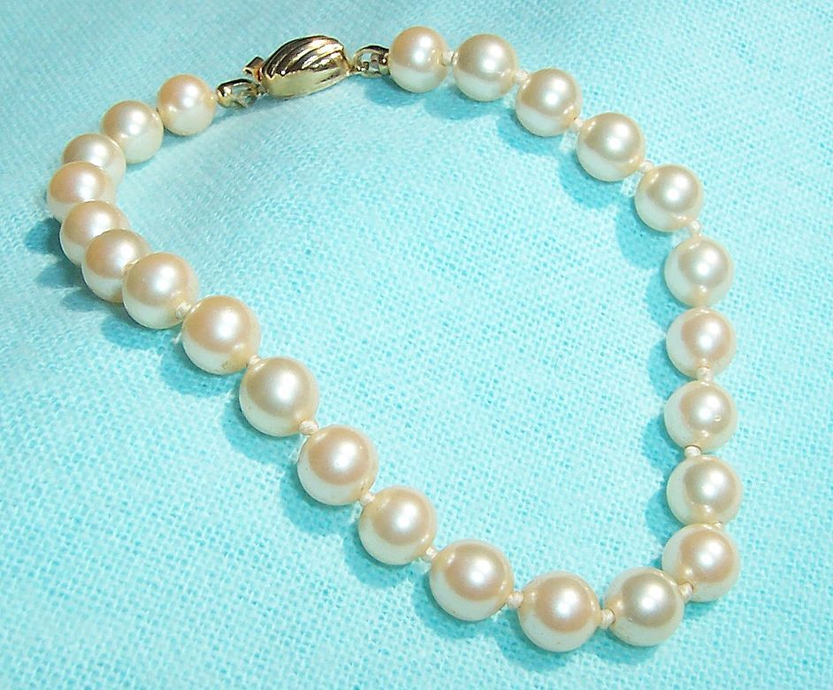 Marvella Man Made Pearl Bracelet