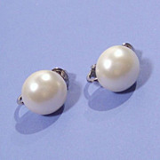 Sarah Coventry Simulated Pearl  Earrings