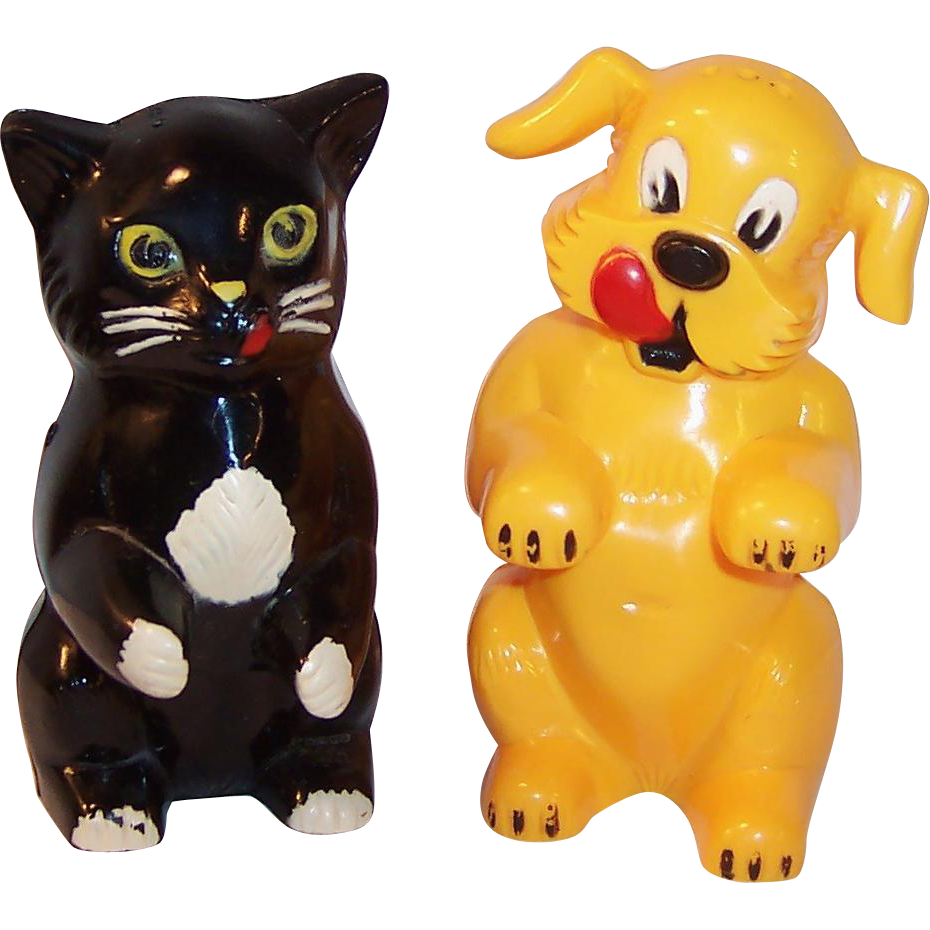 F&F Mold & Die Works: Ken-L-Ration Fido & Fe Fe Salt & Pepper Shakers