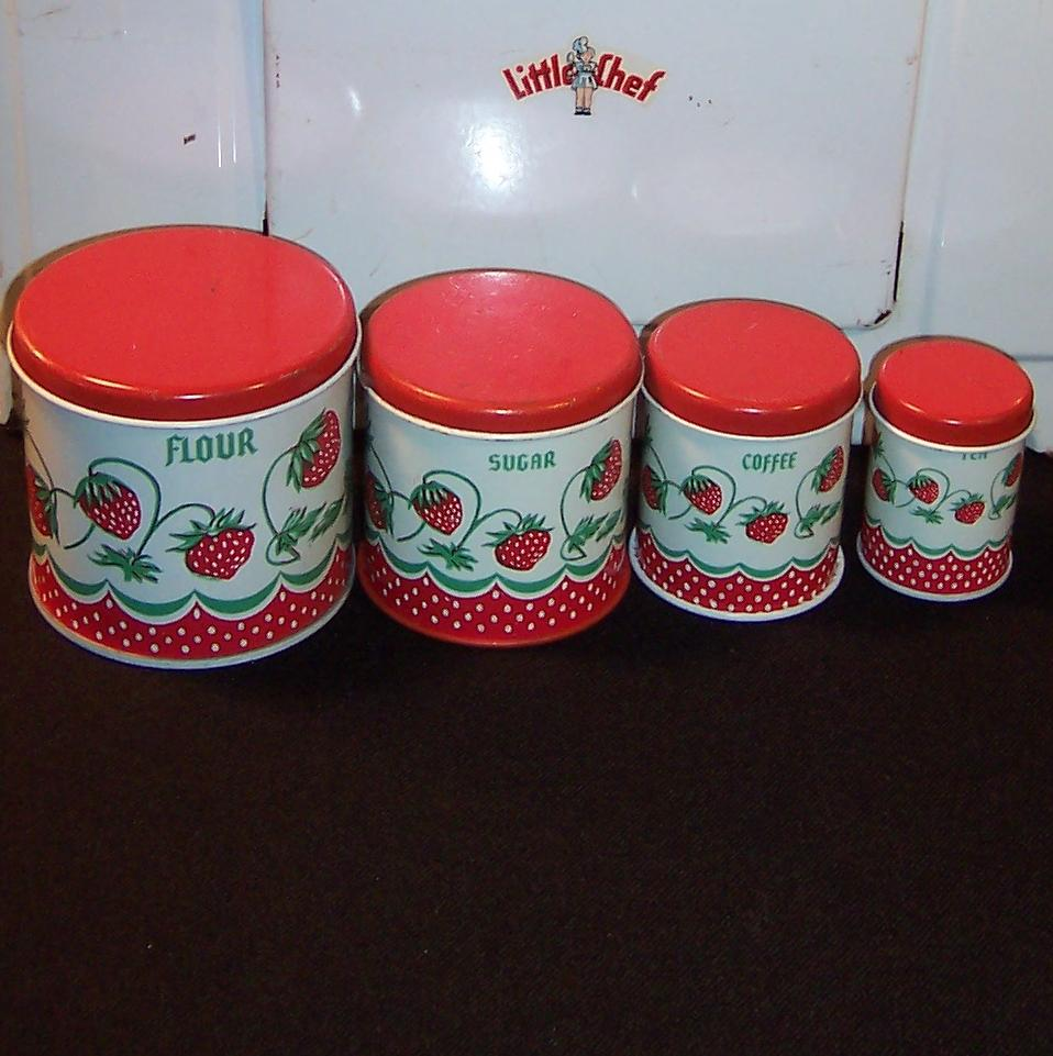 vintage wolverine strawberry toy tin kitchen canister play set roll over large image to magnify click large image to zoom
