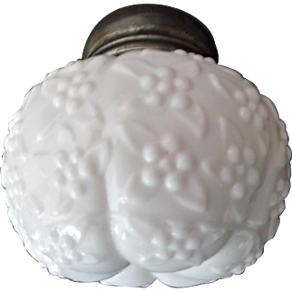 Challinor Taylor Antique Forget Me Not Squat shaker Opaque White Glass