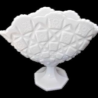 Vintage Westmoreland Milk Glass Old Quilt Fan Shaped Vase