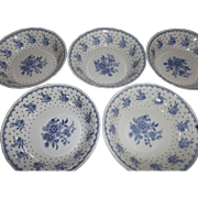 Grindley Cream petal Tewkesbury Berry or Desert Bowls Blue Flowers Dots Kitchenware