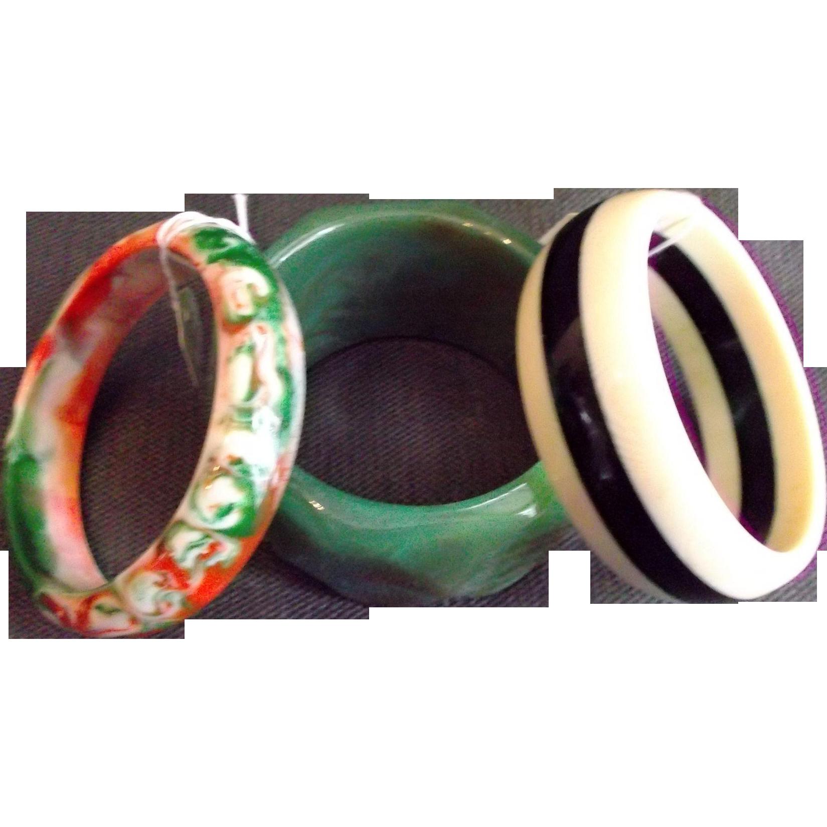 Three Vintage Plastic Lucite Bangles Bracelets